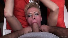 Hungry for pussy dude thrusts his thick wang in the throat of cute blonde